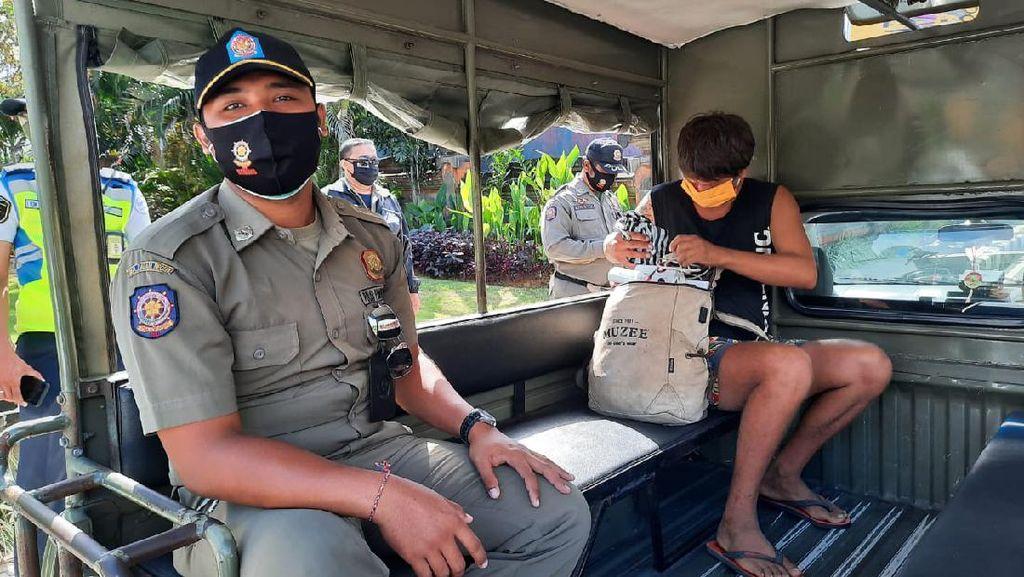 Satpol PP: Bule Menggelandang di Bali Dilaporkan ke Konsulat Rusia, Tak Direspons