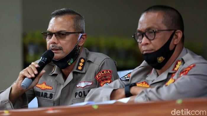 Polda Metro Jaya mengumumkan kabar mengejutkan terkait WN Prancis FAC (65), tersangka kasus pencabulan ratusan anak. FAC meninggal dunia, diduga gantung diri.