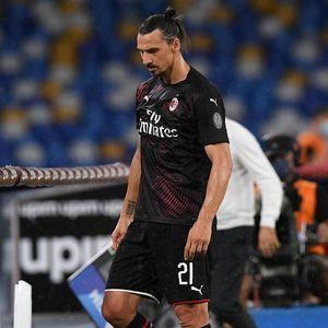 Napoli Vs Milan: Ditarik Keluar, Ibrahimovic Tendang Botol