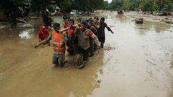 Dramatis! Video Evakuasi Jenazah Korban Banjir Lumpur Luwu Utara