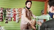 Menyapa Daniella, Si Cantik Penjual Angkringan yang Sedang Viral