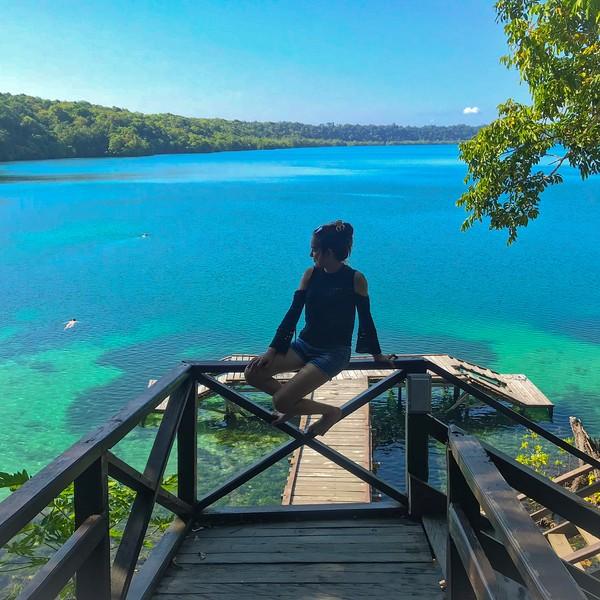 Terakhir, Hana juga diketahui pernah berlibur ke Danau Kakaban di Berau, Kalimantan Timur(Instagram)