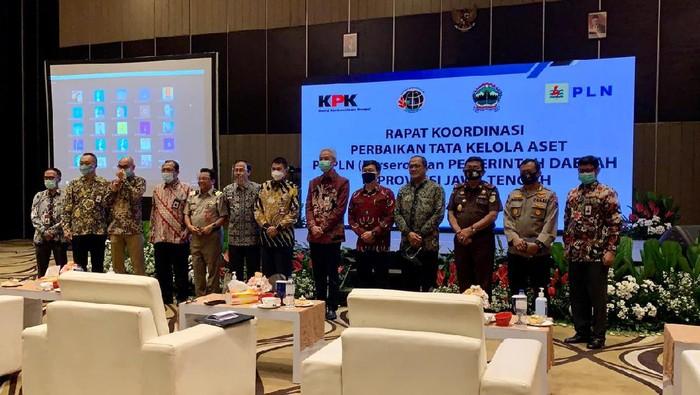 KPK melakukan rapat koordinasi pengelolaan aset daerah dan BUMN bersama Pemprov Jawa Tengah.