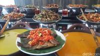 Kedai Sutan Mangkuto : Sedap Nian Gulai Ayam dan Baluik Khas Nagari Kapau