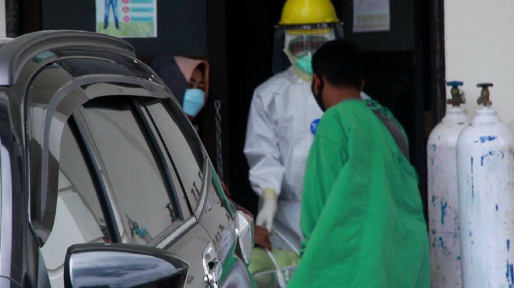 Keluarga Jemput 4 Pasien COVID-18 di Kota Parepare yang Telah Sembuh