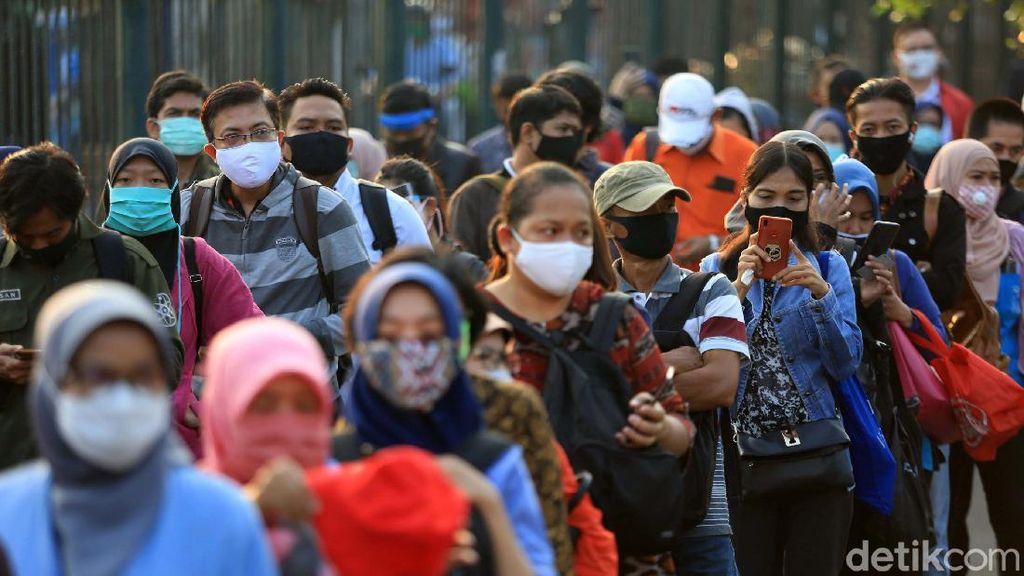 Melonjak! Pengangguran di RI Jadi 9,77 Juta Orang