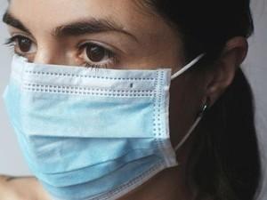 Viral, Kisah Miris Siswa Jahit Ulang Masker Bekas karena Tak Mampu Beli Baru