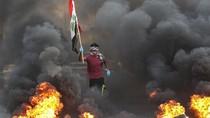 Aksi Ban Bakar Warnai Protes Kasus Korupsi di Irak