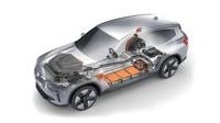 BMW iX3 menggunakan teknologi eDrive generasi ke-5, yang mengintegrasikan motor listrik (e-motor), gearbox, dan sistem elektronik ke area sentral. Foto: BMW iX3