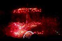 Ketika pagi hari, Bastille Day diselenggarakan dengan adanya sekitar 2.000 tentara berkumpul melaksanakan upacara di Place de la Concorde. AP/Thibault Camus