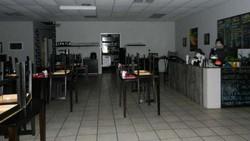 Bukan Badut, Restoran Ramen Ini Punya Hantu Ramah yang Jadi Maskot