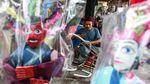 Semangat Perajin Ondel-ondel Memburu Rezeki di Tengah Pandemi