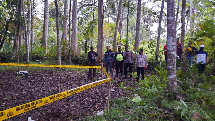 TKP penemuan mayat bayi di Tasikmalaya