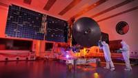 Uni Emirat Arab (UEA) berambisi untuk meluncurkan satelit Hope ke Mars, di mana bila itu sukses, maka akan menasbihkan UEA sebagai negara Arab pertama yang sukses menjalankan misi antarplanet.
