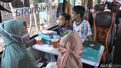Bus Cafe di Lamongan Tawarkan Ngopi Sambil Jalan-jalan Keliling Kota