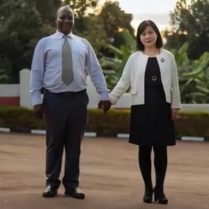 Pria Afrika Dicibir Naksir Gadis China, Akhirnya Nikah dan Ini yang Terjadi