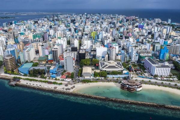 Data destinasi wisata paling dicari oleh traveler sedunia pun dipisah berdasarkan benua. Untuk Eropa, pilihan populer mereka jatuh kepada Maldives. Carl Court/Getty Images