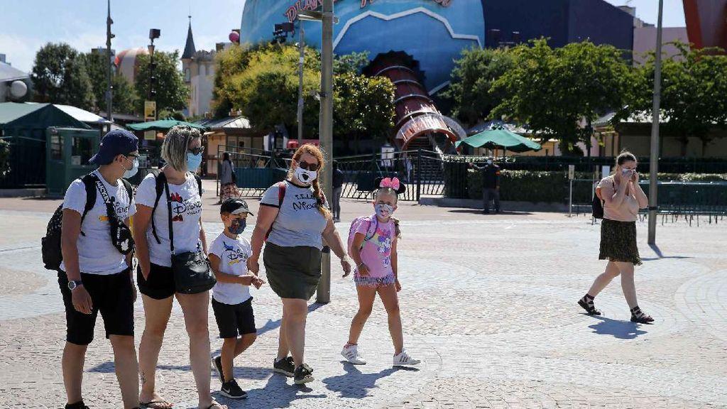 Foto: Disneyland Paris Kembali Didatangi Wisatawan