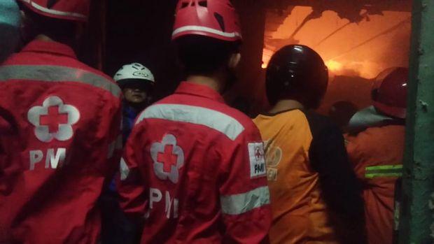 Kebakaran di gudang kapas pabrik tekstil di Sragen, Kamis (16/7/2020).