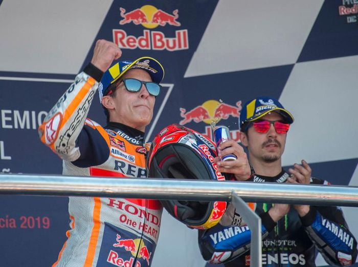 JEREZ DE LA FRONTERA, SPAIN - MAY 04: Marc Marquez of Spain and Repsol Honda Team  celebrates the victory on the podium at the end of the MotoGP race during the MotoGp of Spain - Race at Circuito de Jerez on May 04, 2019 in Jerez de la Frontera, Spain. (Photo by Mirco Lazzari gp/Getty Images)