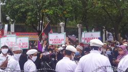 Demo PA 212 Tuntut Makzulkan Jokowi, PDIP: Itu Kebencian!