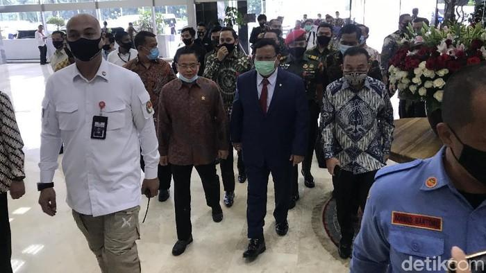 Prabowo Subianto di DPR (Rolando Fransiscus Sihombing/detikcom)