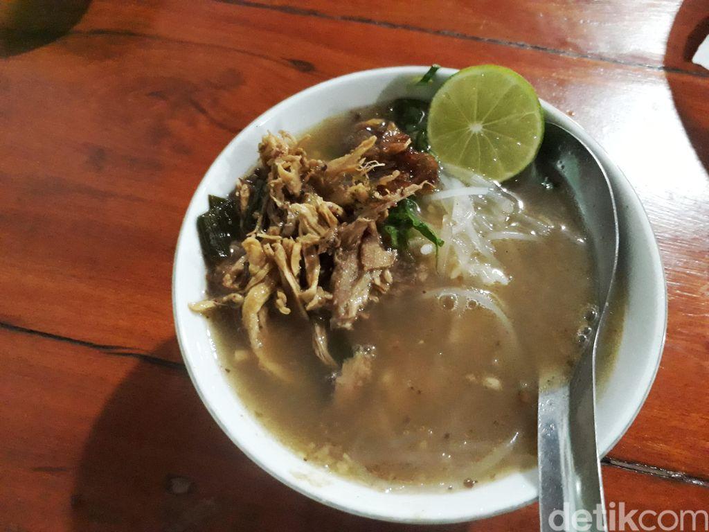 Soto Semarang Pak Eko Belangkon