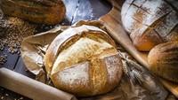 Mengenal Sourdough, si Roti Asam Lembut yang Lagi Ngetren