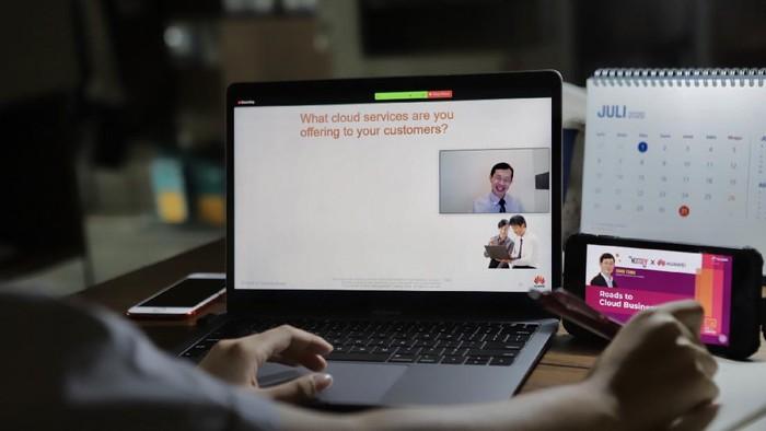 Telkomsel terus memperkuat peran The NextDev Hub sebagai pusat inovasi digital bagi para penggiat industri kreatif digital di Indonesia.
