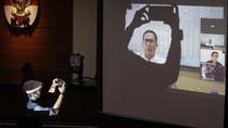 Terbukti Korupsi Alkes, Wawan Divonis 4 Tahun Bui