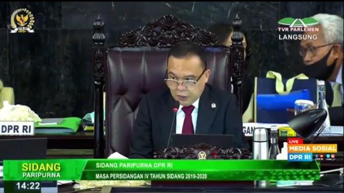 Wakil Ketua DPR Sufmi Dasco Ahmad memimpin rapat paripurna DPR, Kamis (16/7).