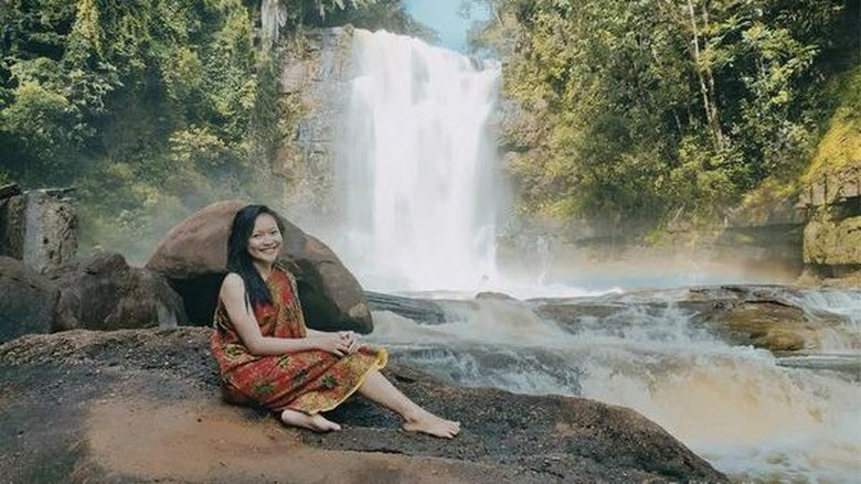 Air terjun Bumbun di Uut Murung, Murung Raya, Kalimantan Tengah