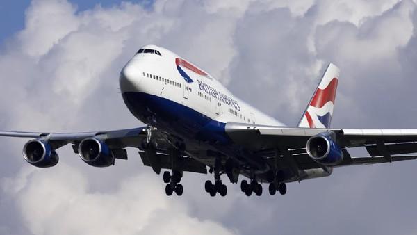 Pesawat dengan nomor penerbangan BA9170E itu terbang ke angkasa untuk yang terakhir kalinya pada pukul 10.30 waktu setempat. Pesawat akan menuju ke pemberhentian terakhir di kota Castellon, Spanyol. (Getty Images)