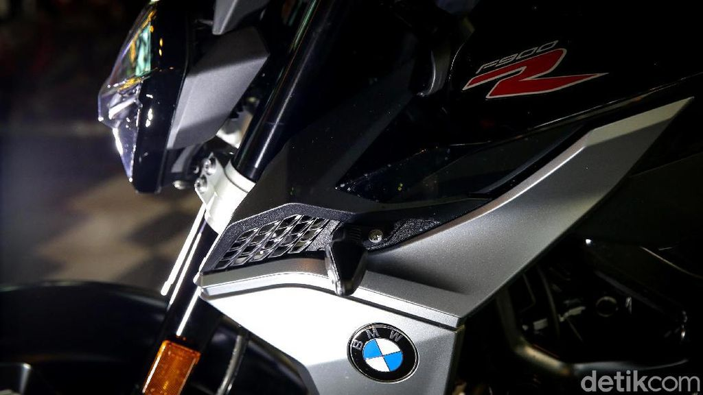 Banyak Artis Pakai Motor BMW, Bisa Dongkrak Penjualan?