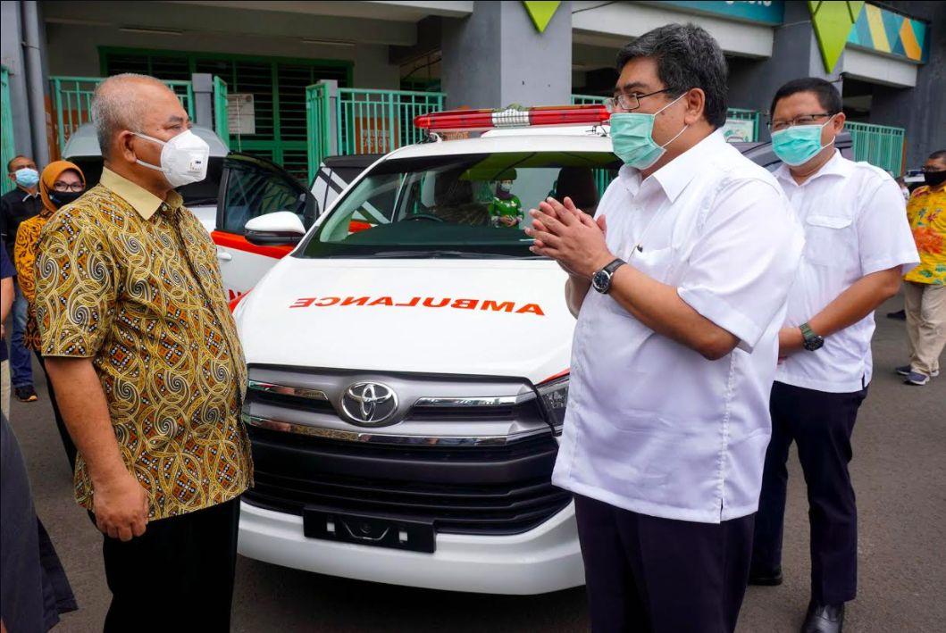 Toyota bagi Kijang Innova Ambulance