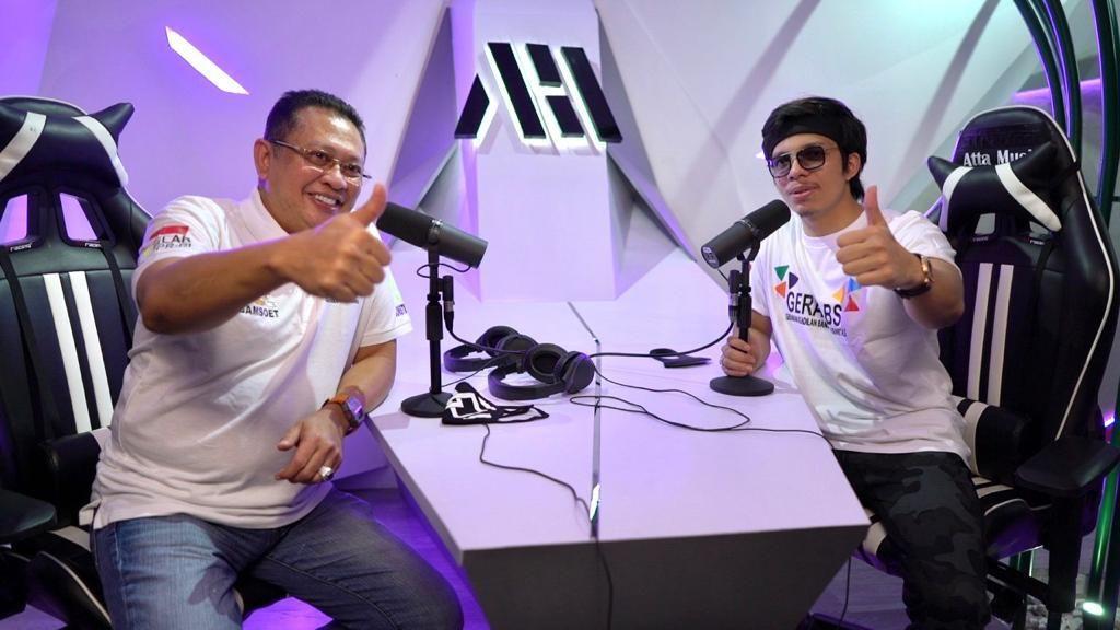 Ajak Milenial Amalkan Pancasila, Ketua MPR & Atta Halilintar Nge-vlog