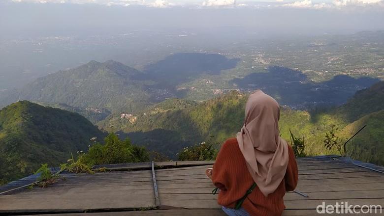 Gunung Telomoyo  Magelang