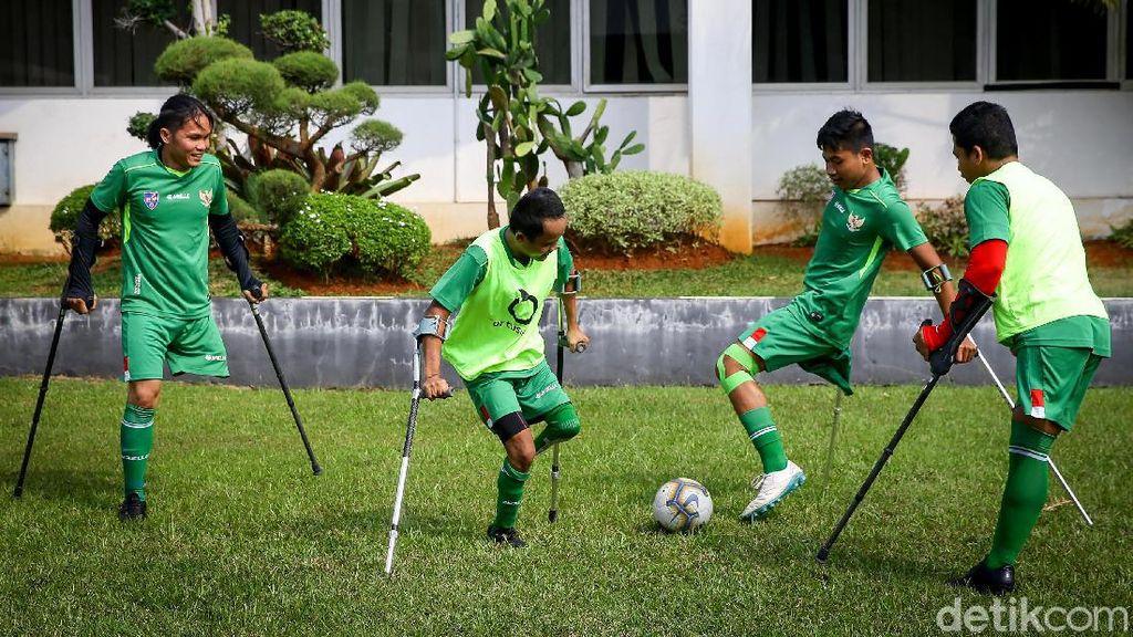Semangat Sepakbola Amputasi Indonesia di Tengah Keterbatasan