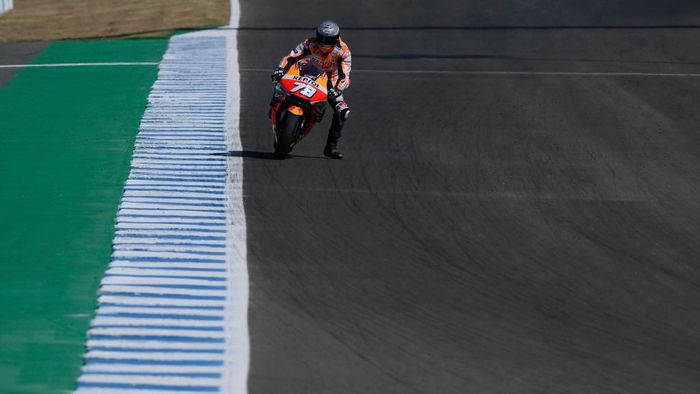 JEREZ DE LA FRONTERA, SPAIN - JULY 15:  Alex Marquez of Spain and Repsol Honda Honda heads down a straight during the MotoGP tests at the Circuito de Jerez on July 15, 2020 in Jerez de la Frontera, Spain. (Photo by Mirco Lazzari gp/Getty Images)