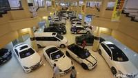 Riset: Pandemi Jadi Biang Kerok Masyarakat Tunda Beli Mobil