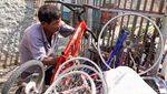 Melihat Daur Ulang Sepeda dari Barang Rongsok