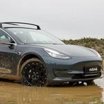 Gokil, Mobil Listrik Tesla Disulap Jadi Kendaraan Off Road