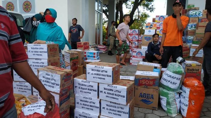 Pemkot Parepare beri bantuan ke korban banjir Masamba (Foto: Istimewa)