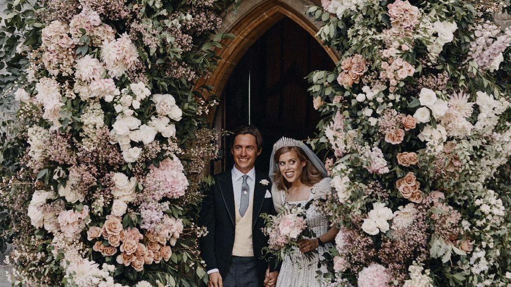 Pakai Gaun Jadul 58 Tahun Lalu, Baju Nikah Putri Beatrice Langgar Aturan