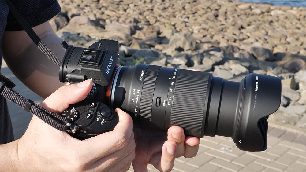 Review lensa sapujagat Tamron 28-200mm f/2.8-5.6 untuk Sony