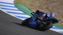 Kasihan Alex Rins, Cekcok dengan Marquez hingga Terpental di Jerez