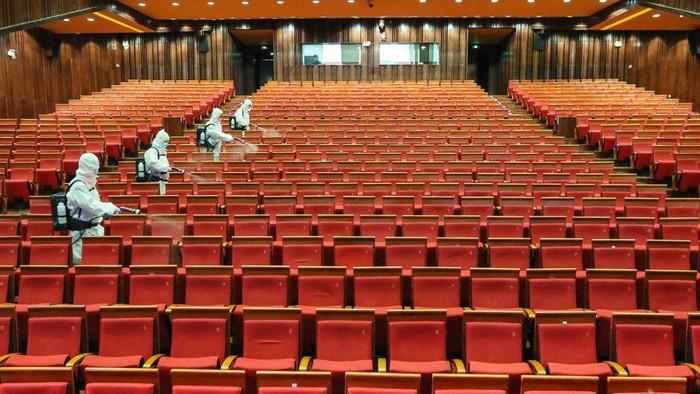 Covid-19: China membuka kembali bioskop dalam skala nasional, Jakarta batal buka layar sinema