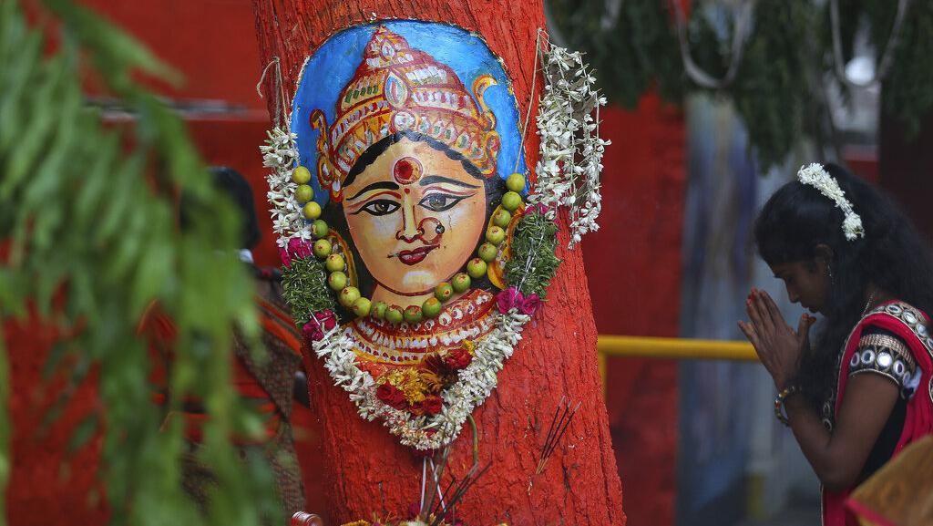 Meriahnya Peringatan  Hindu Festival di India