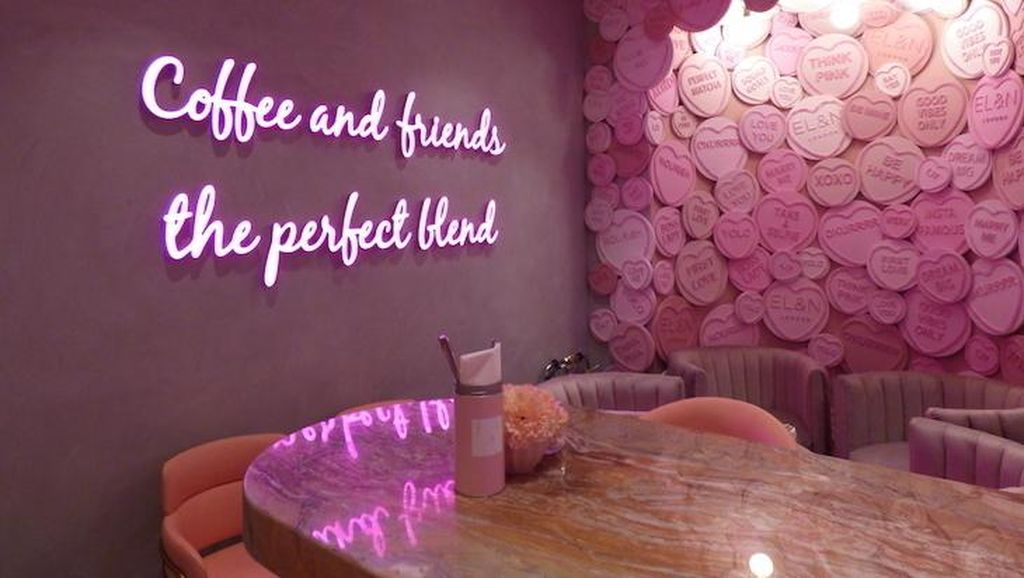 10 Kafe Instagramable Nuansa Serba Pink di London
