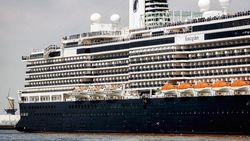 2 Penumpang Positif Corona, Sekapal Terpaksa Karantina di Kapal